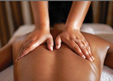 Интригующий эротический массаж